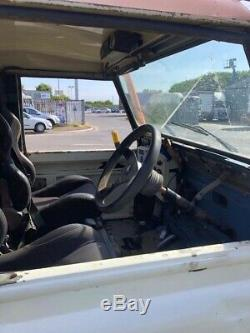 Land Rover Defender V8 Off Roader