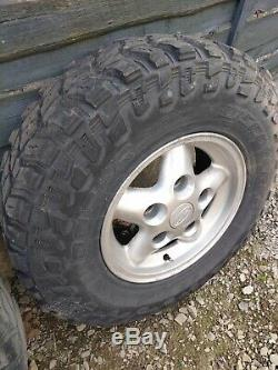 Land Rover Discovery 1 300tdi Off Road Tyres + Wheels cooper discoverer stt pro