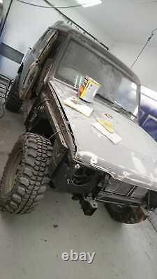 Land Rover disco off roader