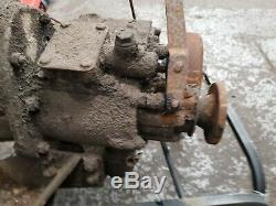 Land rover series 2A gearbox and power take off