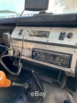 Landrover defender 90 300tdi diesel white and green roll cage off-roader