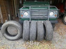 205/80/16 Pneus Intégral. Off Land Rover Defender 90,3 X Michelin. 2 X Davanti