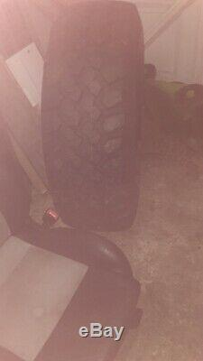 35 12,50 15 Pneus Boue X4 + Free Nouveau Maxis Pneu De Secours. 4x4 Off Road Land Rover