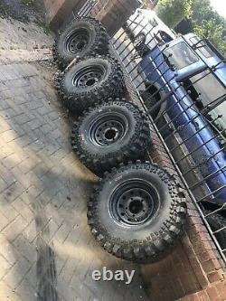 35s Land Dragon Tyres Avec Des Jantes. Pneumatiques Hors Route Landrover Landcruiser Offroader