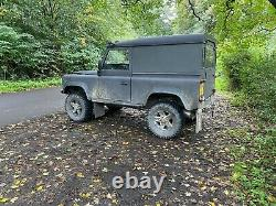 Land Rover Defender 90 4x4 Hiver Et Off Road Ready