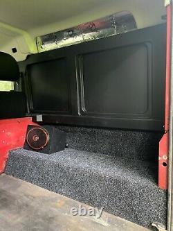 Land Rover Defender 90 4x4 Off Road Hiver Et Travail Prêt