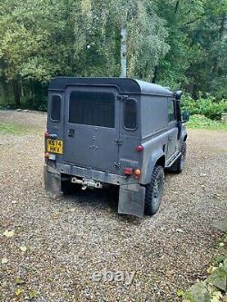 Land Rover Defender 90 4x4 Off Road Hiver Et Travail Prêt Pas De Réserve