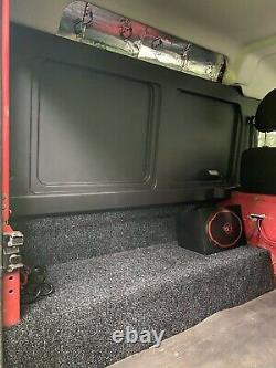 Land Rover Defender 90 4x4 Off Road Winter Ready