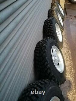 Land Rover Defender/discovery Nouvelles Roues En Alliage Avec Pneus Hors Route