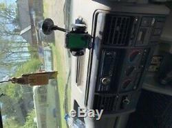 Land Rover Discovery 4 X 4 Sur Le Véhicule Routier