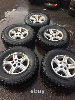 Landravover Discovery 2 16 Alliages Roue X5 Avec Chunky Off Road 265/75/16 Pneus