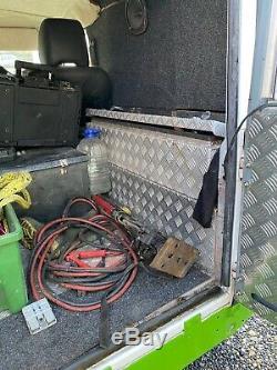 Landrover Defender 90 300tdi Cage Rouleau Blanc Et Vert Diesel Hors Roader