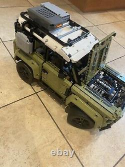 Lego 42110 Technic Land Rover Defender Off Roader 4x4 Car Toy Construit Une Fois